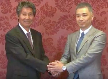 (左)商栄機材株式会社 会長 竹田 敏男 様 (右)株式会社JRC 代表取締役社長 浜口 稔 様